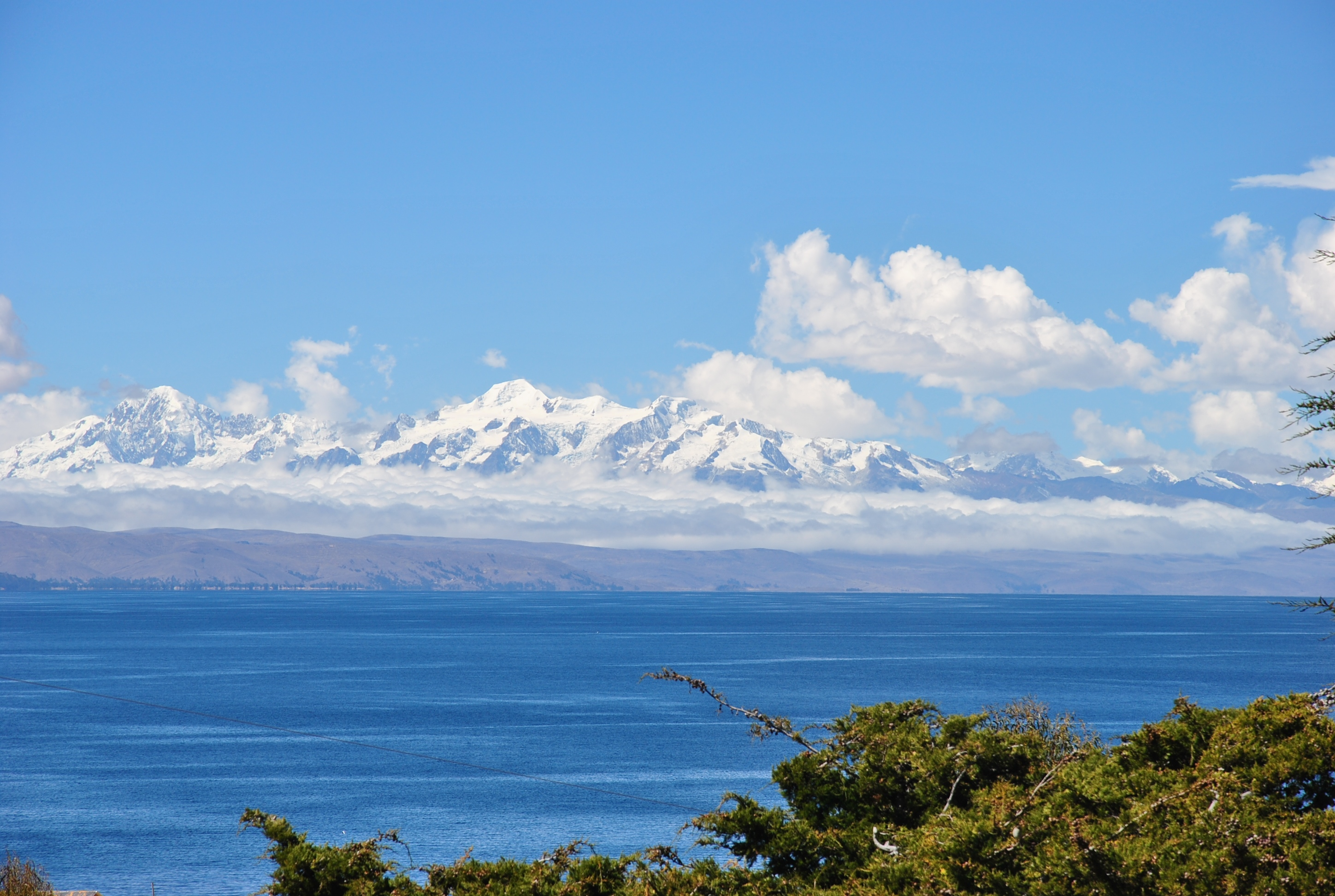 View-of-the-Andes-Mountain-Range-and-the-Lake-Titicaca-between-Peru-and-Bolivia.jpg