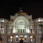 A view at night of the Palacio de Bellas Artes in México City