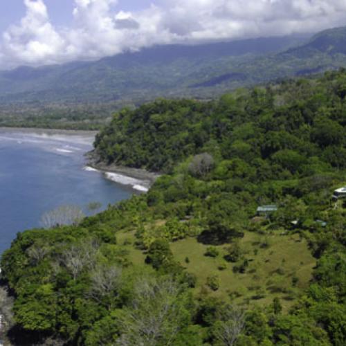 La Cusinga Lodge hidden in the forest in Costa Rica